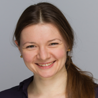 Dr. Julia Müller